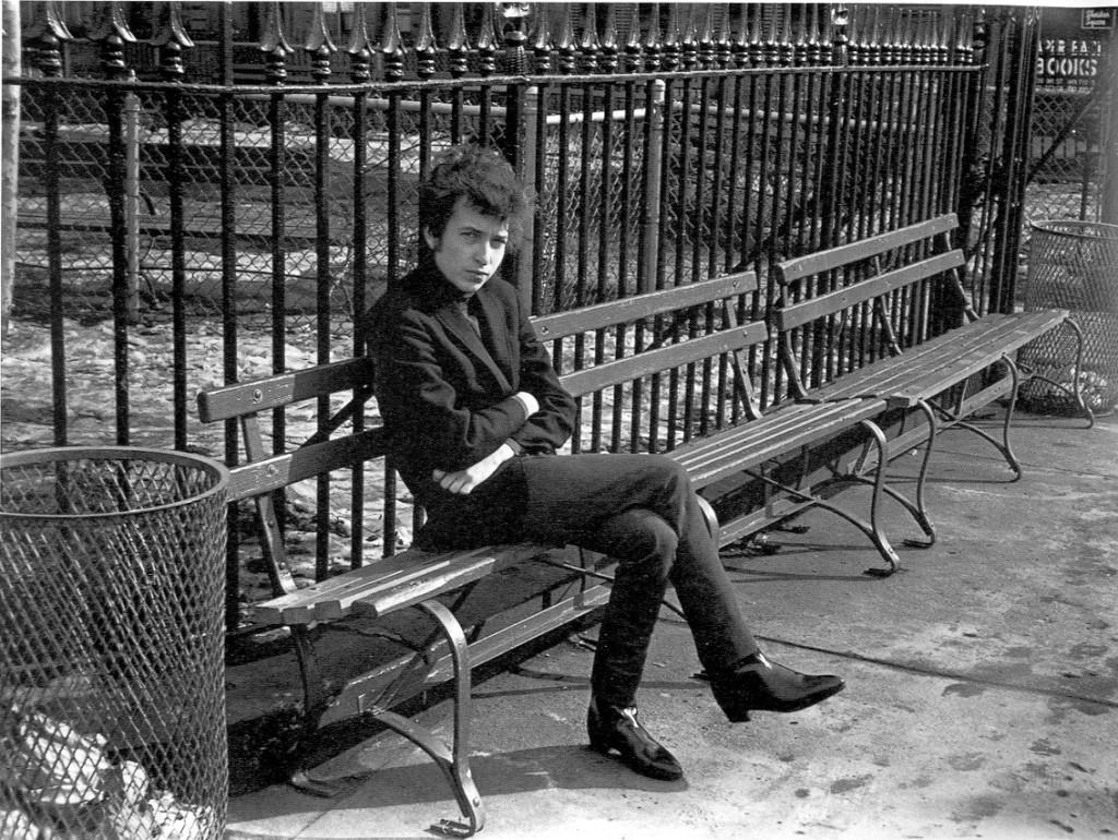 Gennaio 1965, Greenwich Village, Manhattan. daysofthecrazy-wild.com