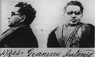 Foto segnaletica di Gramsci nel 1933. Fonte: Wikipedia