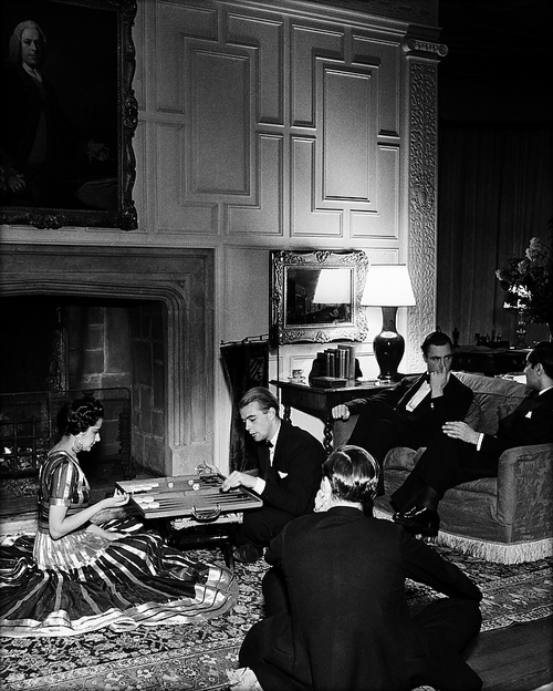 © Bill Brandt, SP26-In a Mayfair drawing room, 1939