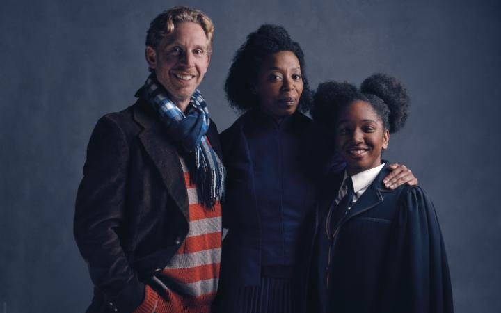 Il cast di Harry Potter and the CUrsed Child: Paul Thornley (Ron Weasley), Noma Dumezweni (Hermione Granger), Cherrelle Skeete (Rose Granger-Weasley). Credit: Charlie Gray. Fnte: www.telegraph.co.uk