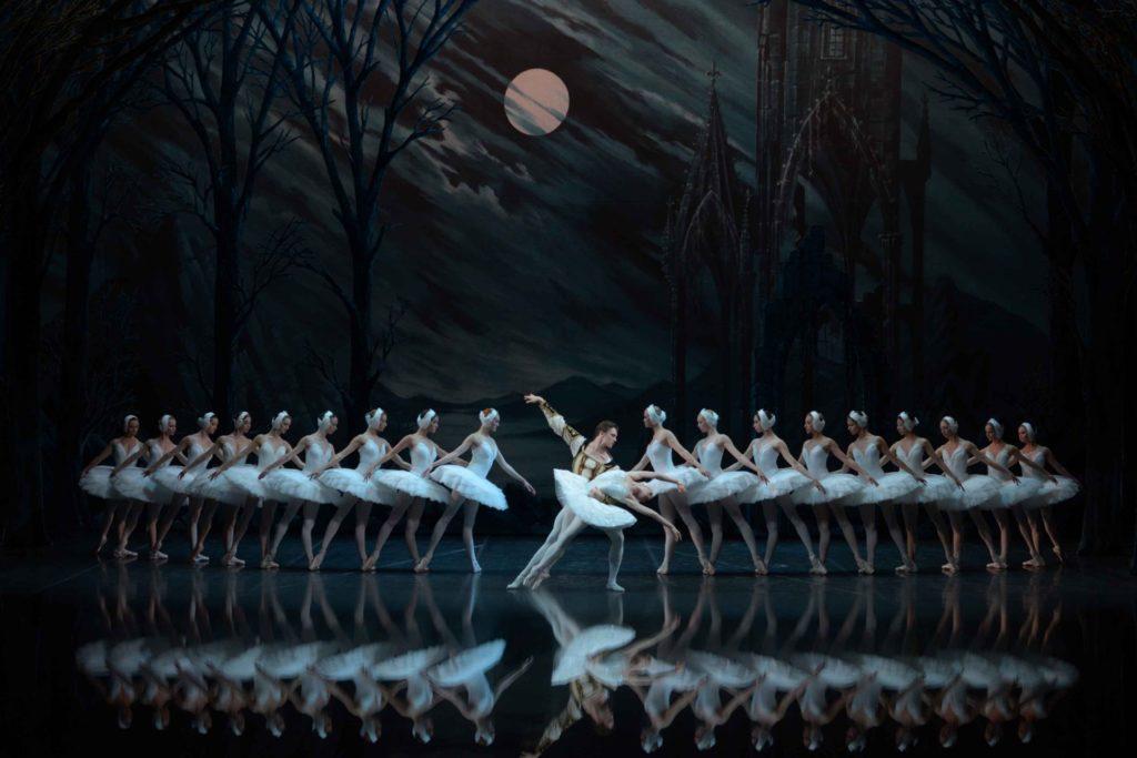 www.balletandopera.com